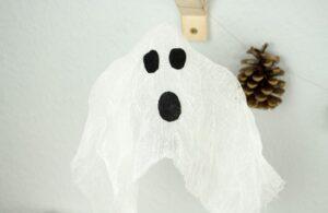 DIY Halloween Deko: Schwebende Geister basteln