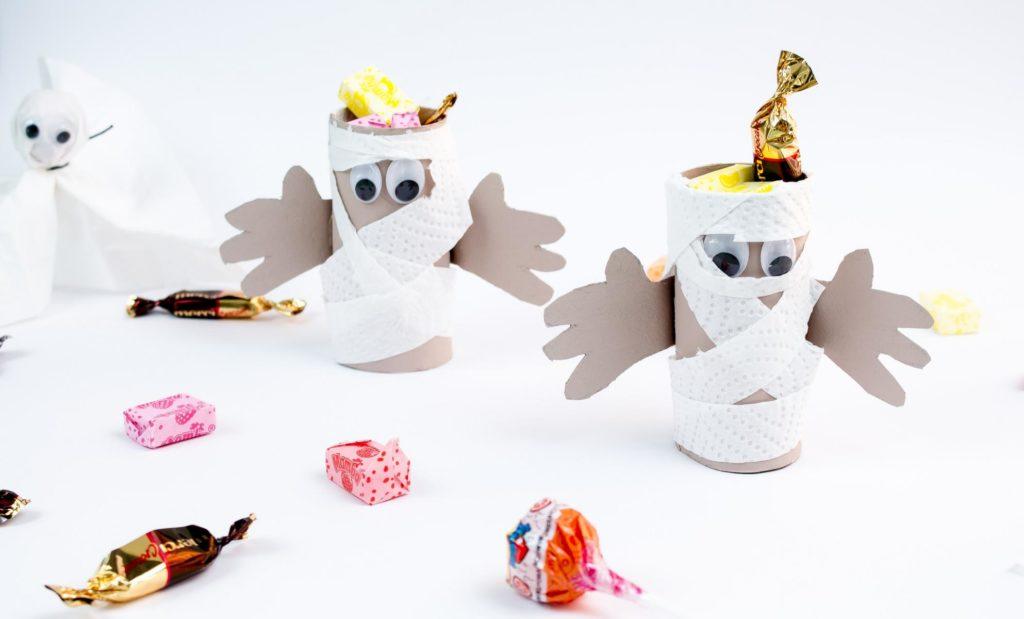 DIY Halloween Mumie basteln / Süßigkeitenaufbewahrung