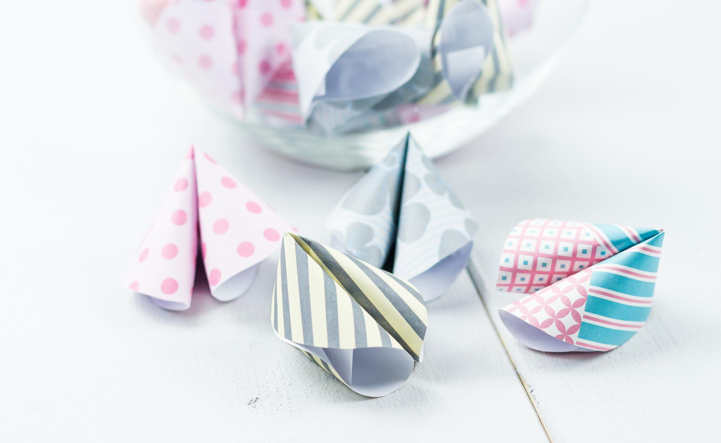 DIY Glückskekse aus Papier basteln