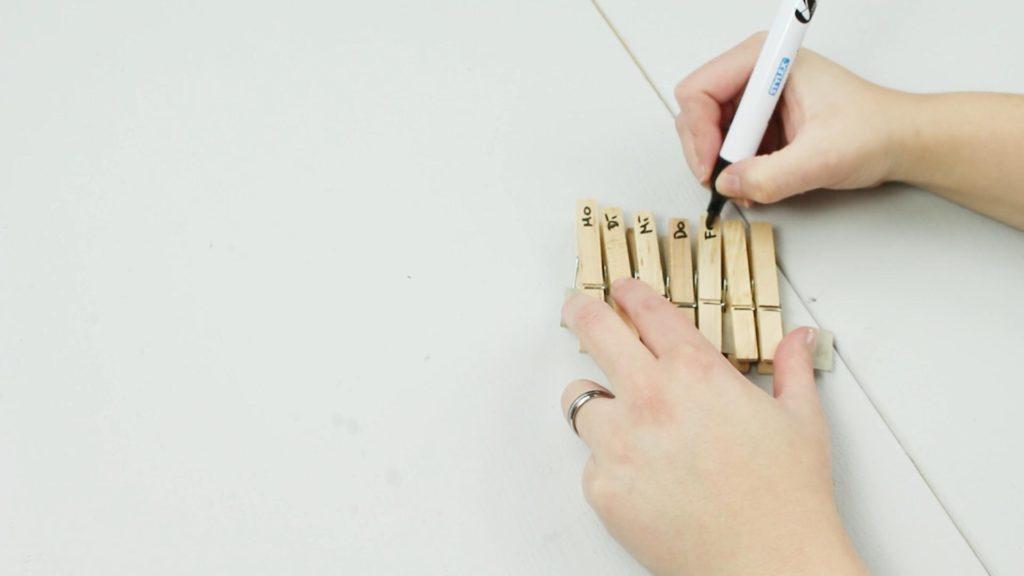 DIY Haushaltsplaner basteln - Schritt 3