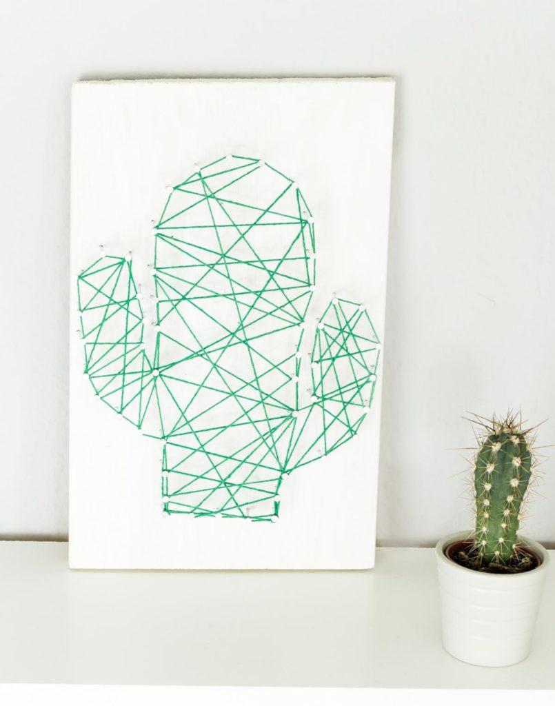 DIY Kaktus Fadenbild selber machen - schöne DIY Deko, aber auch tolle Geschenkidee