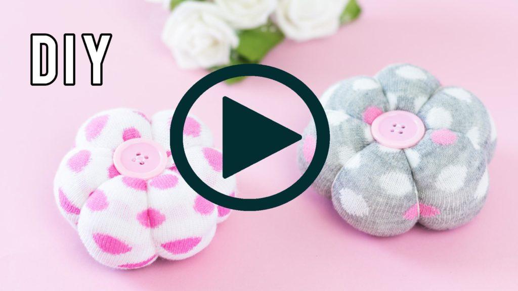 Deko Blumen aus Socken basteln - YouTube Video Anleitung