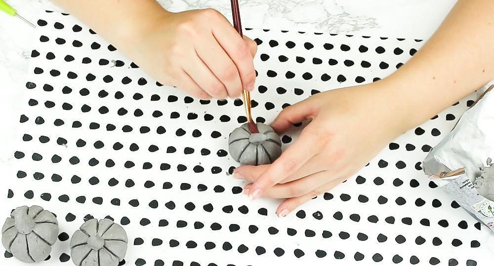 DIY Deko Kürbisse basteln - Schritt 3