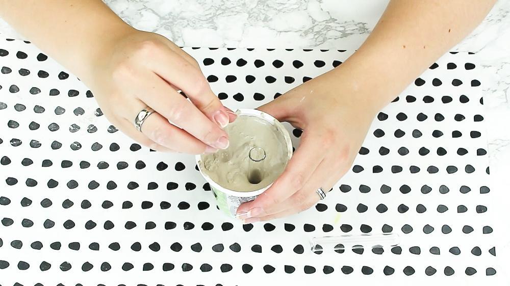 DIY Reagenzglas Vase aus Gips basteln - Schritt 3