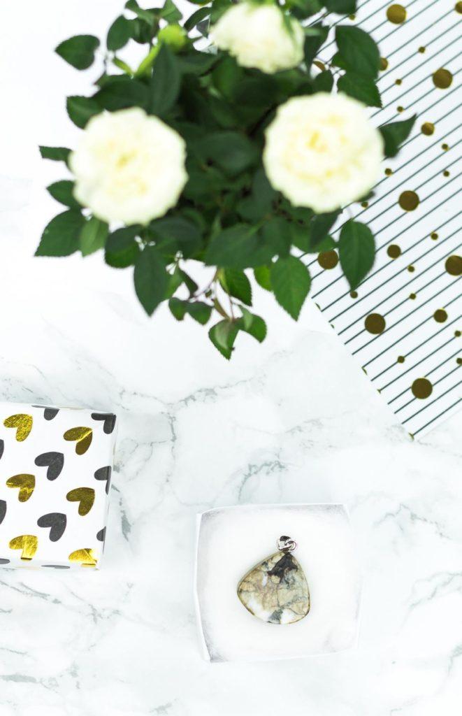 schöne Geschenkidee: Schmuck von Stoneberry mit passendem DIY Schmuckkästchen