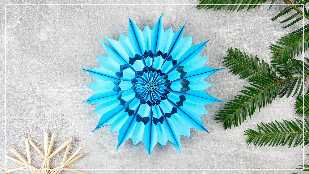 Weihnachtsstern, blau