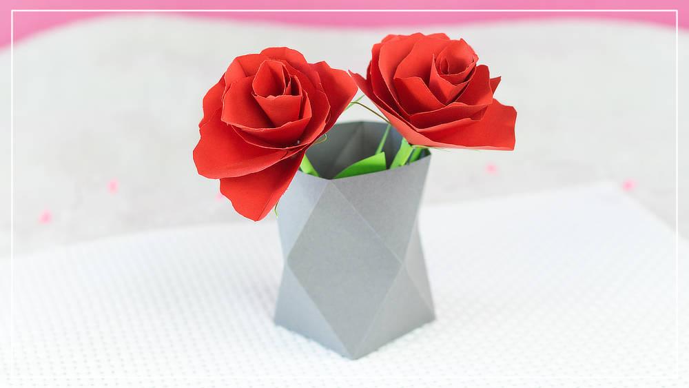 Rosen mit Stiel aus Papier basteln